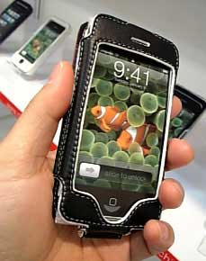 iPhone in Leder